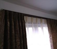 ウィリアムモリス・クリサンティマムのカーテン