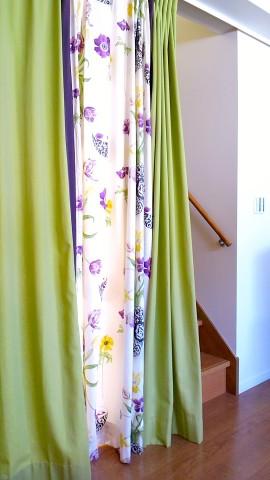 28階段間仕切りカーテン3