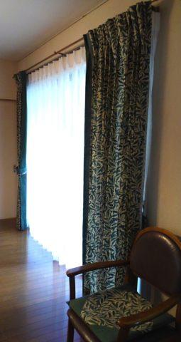 7モリスのカーテン