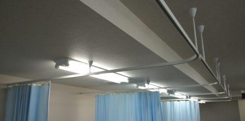 2病院間仕切りカーテン