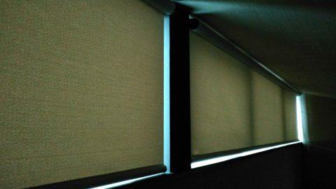 高窓 遮光ロールスクリーン3