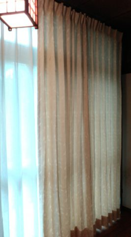 広縁 カーテン掛かえ後3