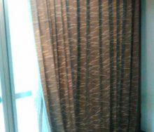 掃出し窓 小窓 横長スリット窓 カーテン掛け替え